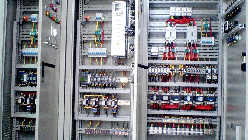 线束在电力设备柜的应用