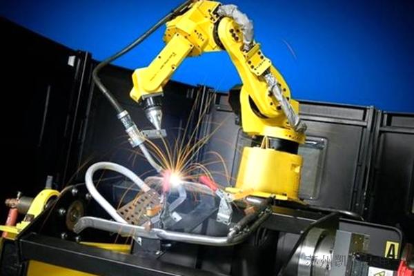 激光焊接机器人线束应用