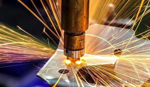 线束在激光焊接设备上的应用